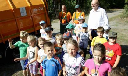 Sprzątanie świata z uczniami
